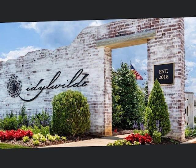 711 Hickory Hollow Walk Place, Canton, GA 30115 (MLS #6883727) :: Charlie Ballard Real Estate