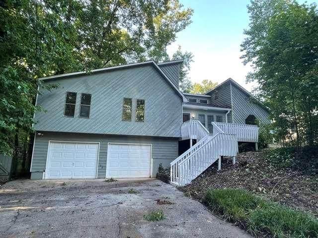 426 Julie Anne Way, Woodstock, GA 30188 (MLS #6898603) :: North Atlanta Home Team