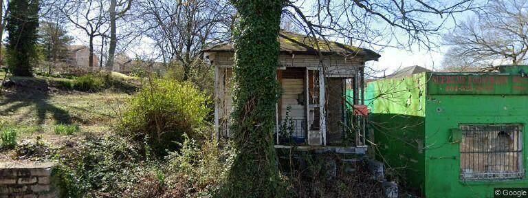 806 Thurmond Street - Photo 1