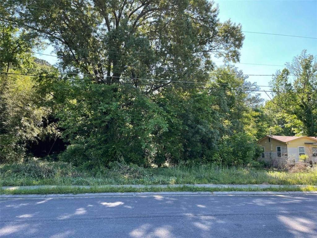 207 Wilson Avenue - Photo 1