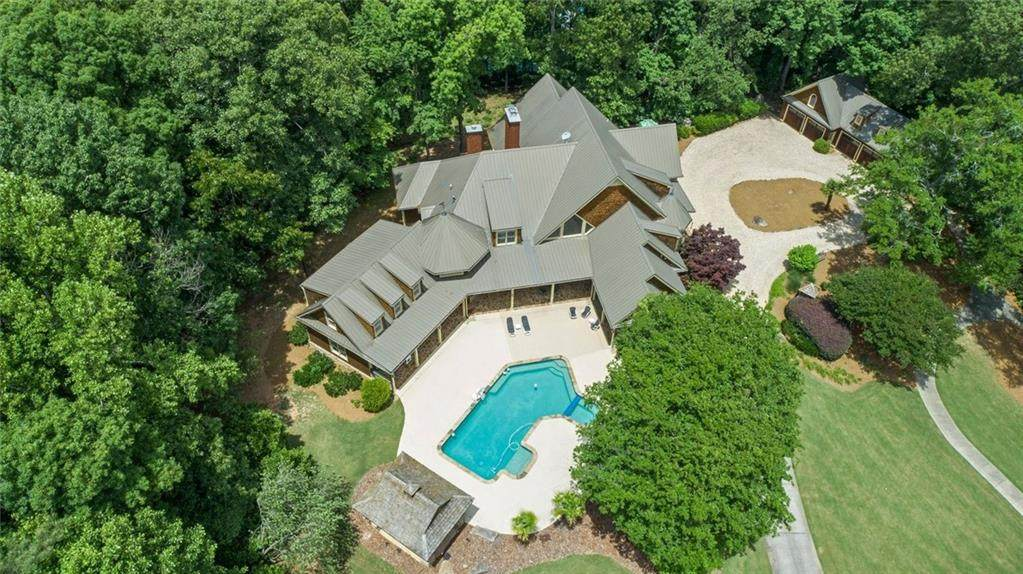 7235 Flowery Branch Road - Photo 1