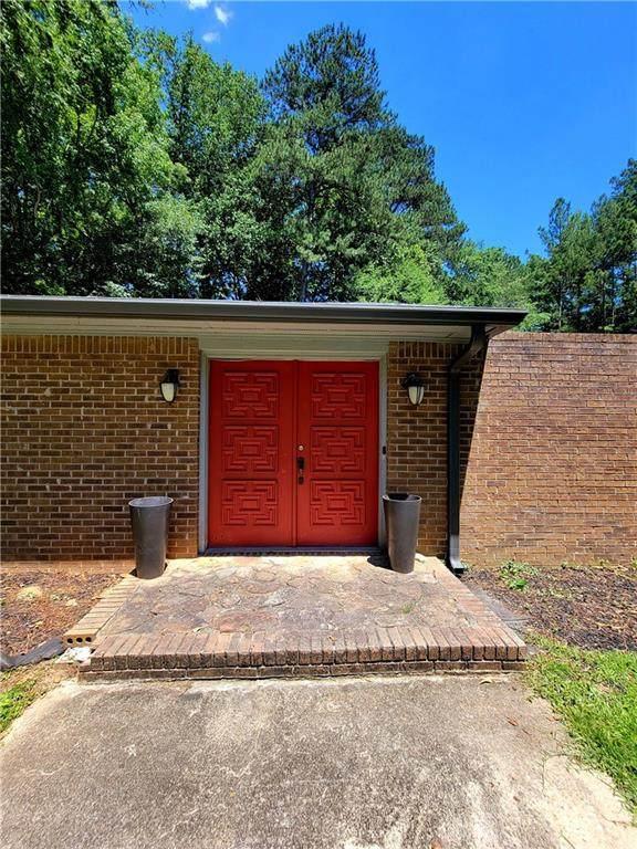 8248 Carlton Road, Riverdale, GA 30296 (MLS #6901991) :: Rock River Realty
