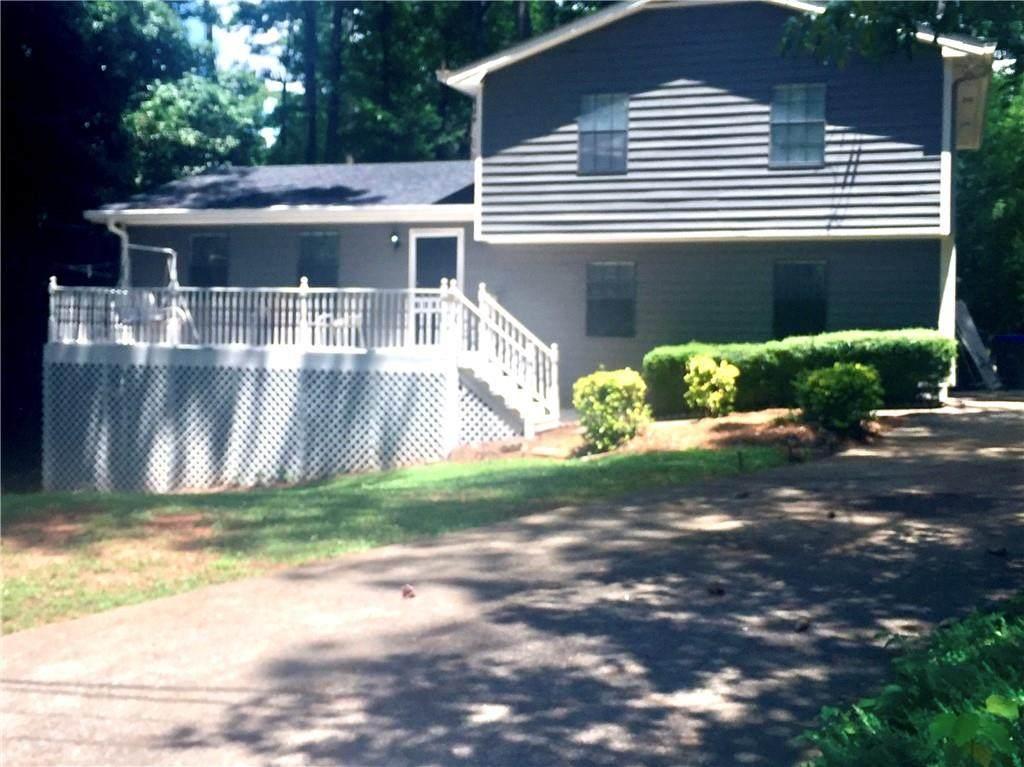 2404 Twin Creek Court - Photo 1