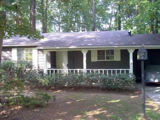 5136 Rosestone Drive, Lilburn, GA 30047 (MLS #6903213) :: North Atlanta Home Team