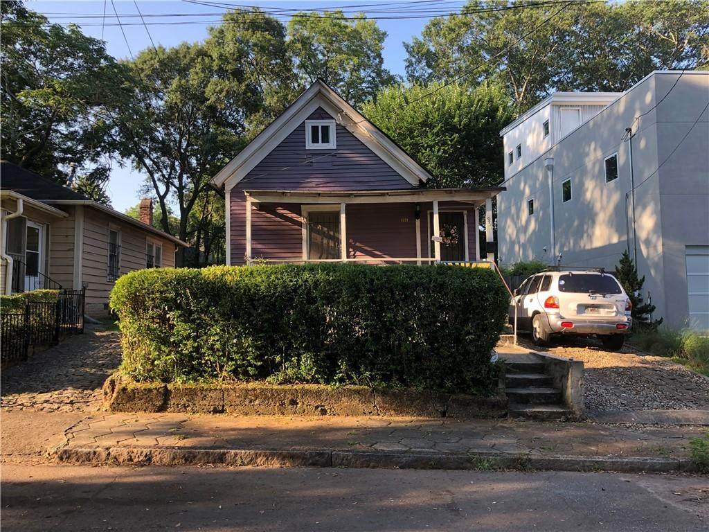 991 Manigault Street - Photo 1