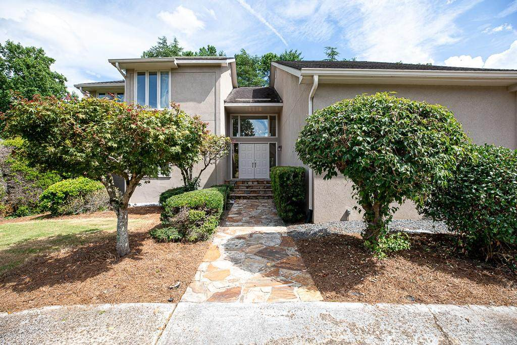 910 Forest Pond Drive - Photo 1