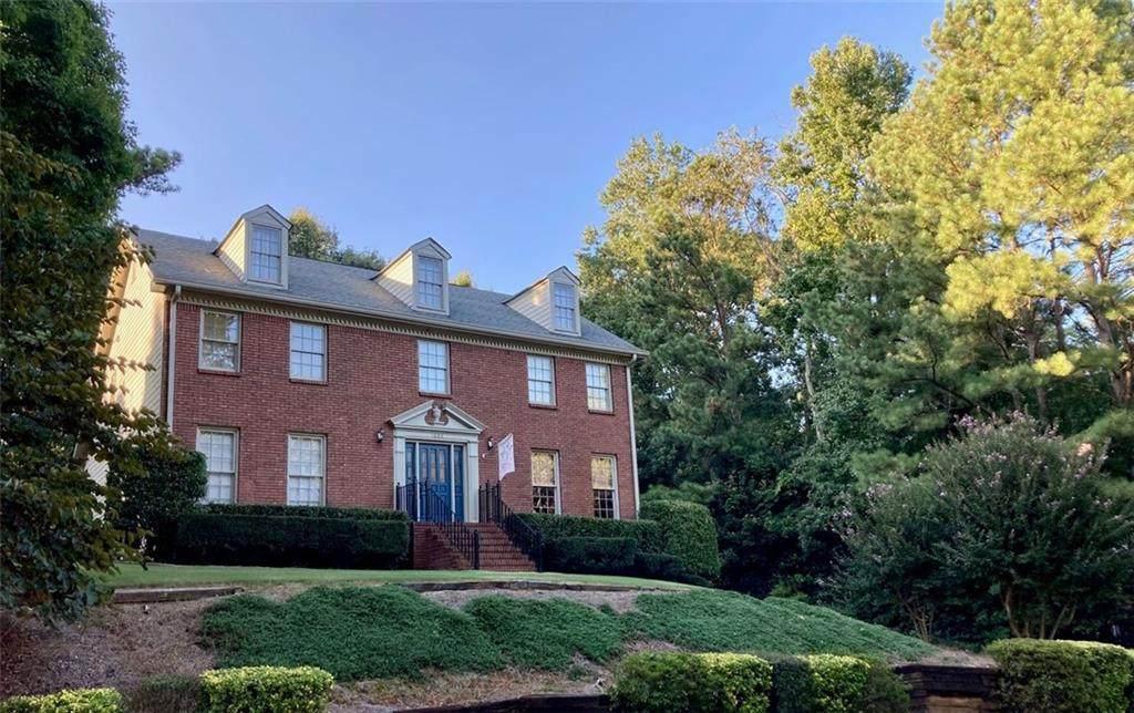 1605 Thoreau Drive - Photo 1