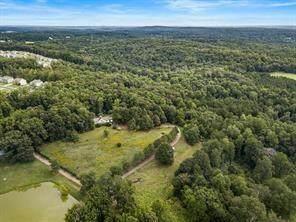 627 Arnold Mill Road, Woodstock, GA 30188 (MLS #6915695) :: Path & Post Real Estate