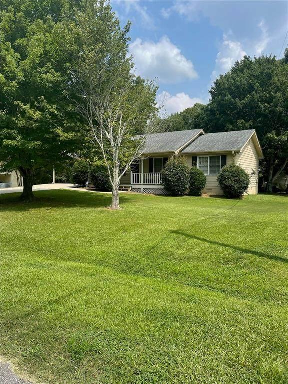 6237 Oak Ridge Drive, Flowery Branch, GA 30542 (MLS #6920216) :: Maria Sims Group