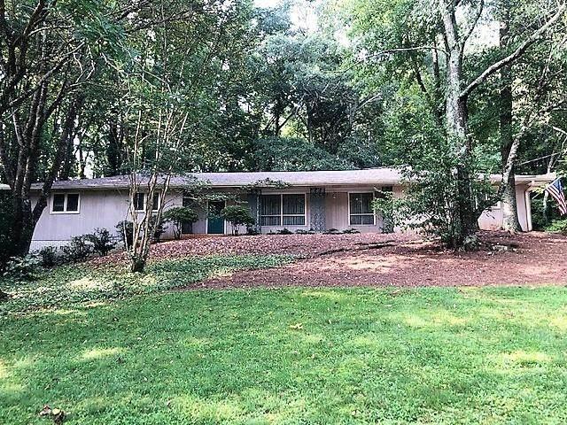 405 Barkshire Lane, Roswell, GA 30076 (MLS #6920886) :: North Atlanta Home Team