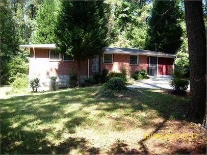2956 Monterey Drive, Decatur, GA 30032 (MLS #6921290) :: Charlie Ballard Real Estate