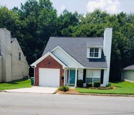6608 Browns Mill Ferry Drive, Lithonia, GA 30038 (MLS #6921906) :: The Kroupa Team | Berkshire Hathaway HomeServices Georgia Properties
