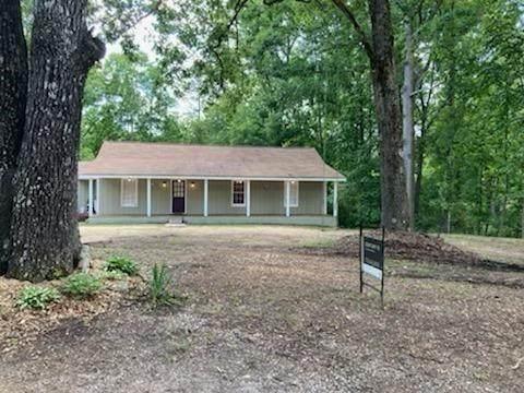 172 Bagwell Garland Road, Canton, GA 30115 (MLS #6923105) :: Morgan Reed Realty