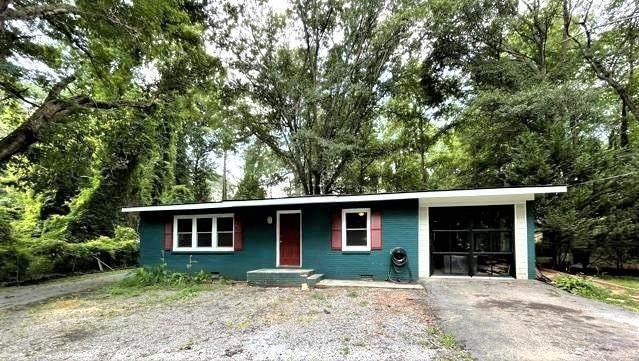 2202 Favor Road SW, Marietta, GA 30060 (MLS #6923700) :: Good Living Real Estate