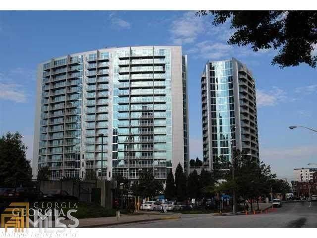 950 West Peachtree, Atlanta, GA 30349 (MLS #6926355) :: Dillard and Company Realty Group