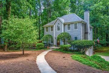 495 Summerfield Drive, Alpharetta, GA 30022 (MLS #6928192) :: North Atlanta Home Team