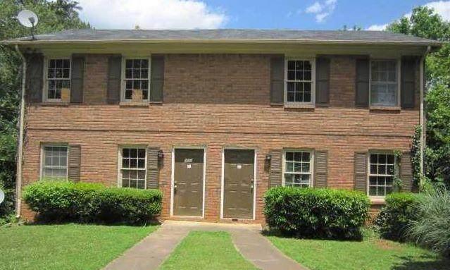 381 Freeport Drive, Lawrenceville, GA 30046 (MLS #6931153) :: Good Living Real Estate