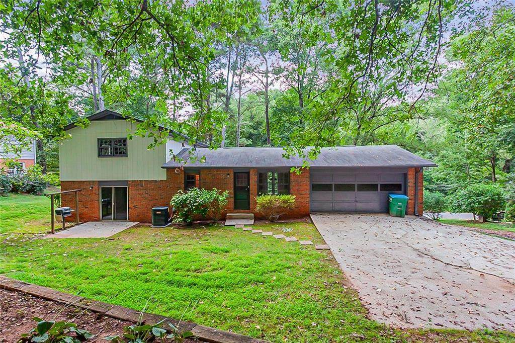 5522 Four Winds Drive - Photo 1