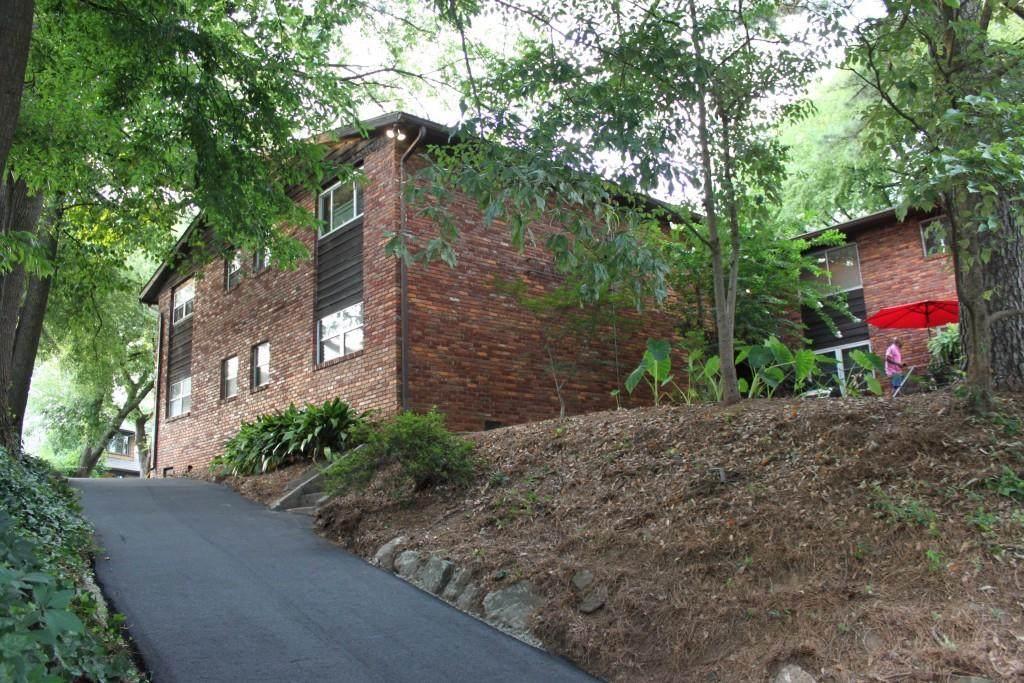 1284 Piedmont Avenue - Photo 1