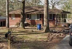 2838 Ben Hill Road, East Point, GA 30344 (MLS #6942419) :: North Atlanta Home Team