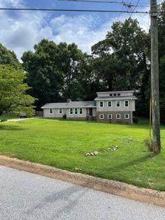 3613 Mill Lake Drive, Douglasville, GA 30135 (MLS #6945049) :: North Atlanta Home Team