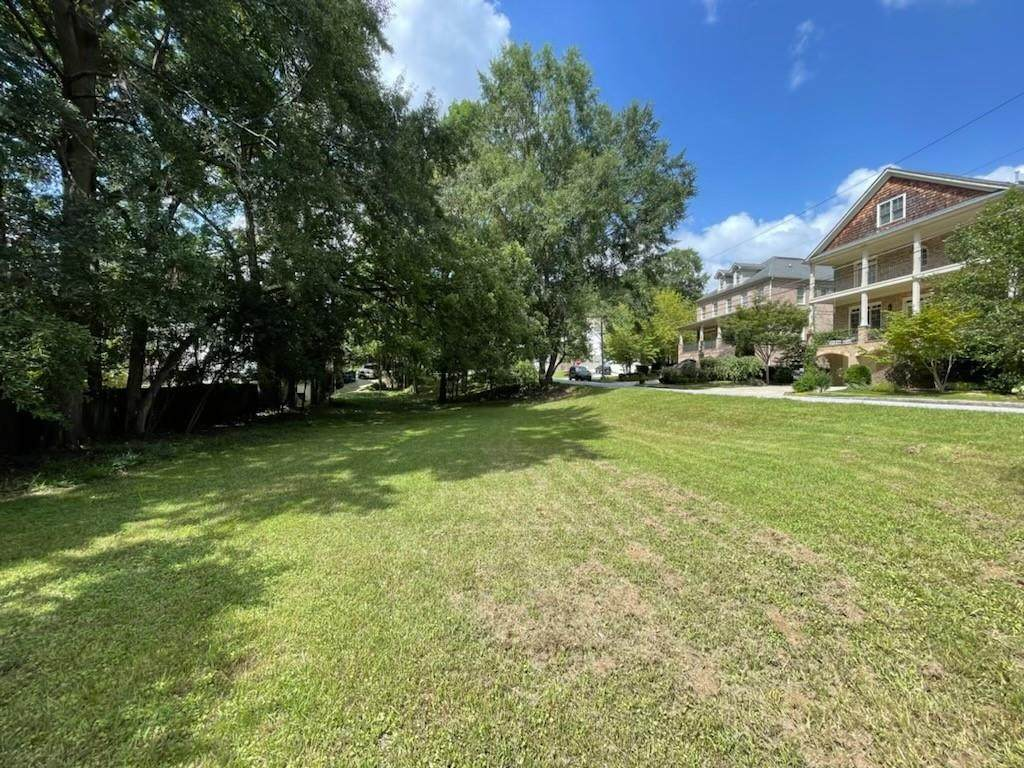 1181 Pine Grove - Photo 1