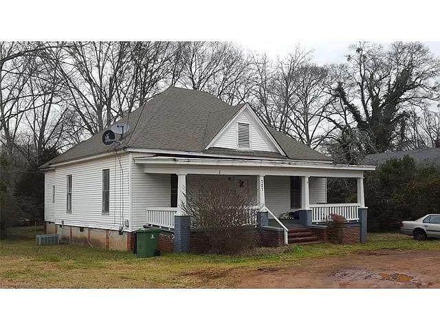 727 E Broadway Street, Griffin, GA 30223 (MLS #6949111) :: North Atlanta Home Team