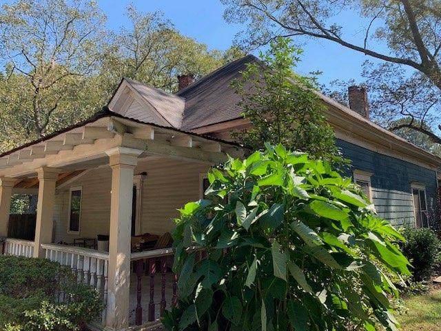 3805 Creekwood Court, Loganville, GA 30052 (MLS #6950332) :: No Place Like Home Georgialina
