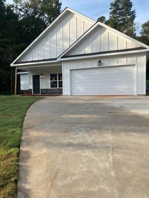 92 Belmont Park Drive, Commerce, GA 30529 (MLS #6952799) :: North Atlanta Home Team