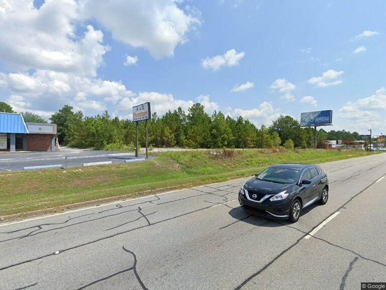 1103 Eisenhower Parkway - Photo 1