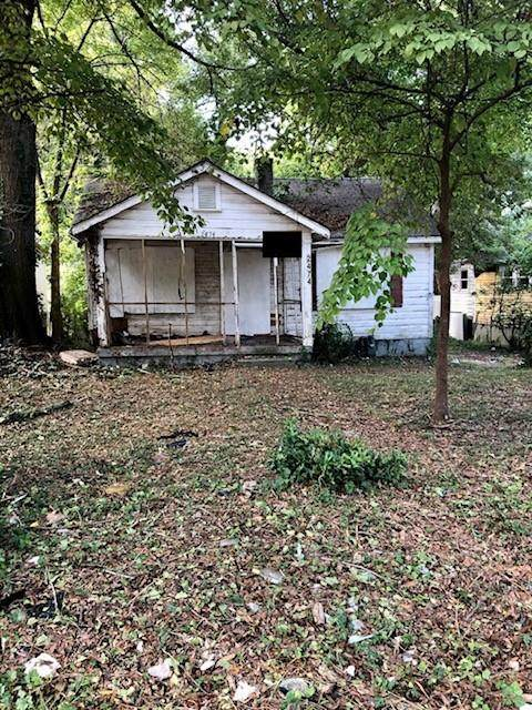 2474 Baker Road NW, Atlanta, GA 30318 (MLS #6956399) :: Path & Post Real Estate