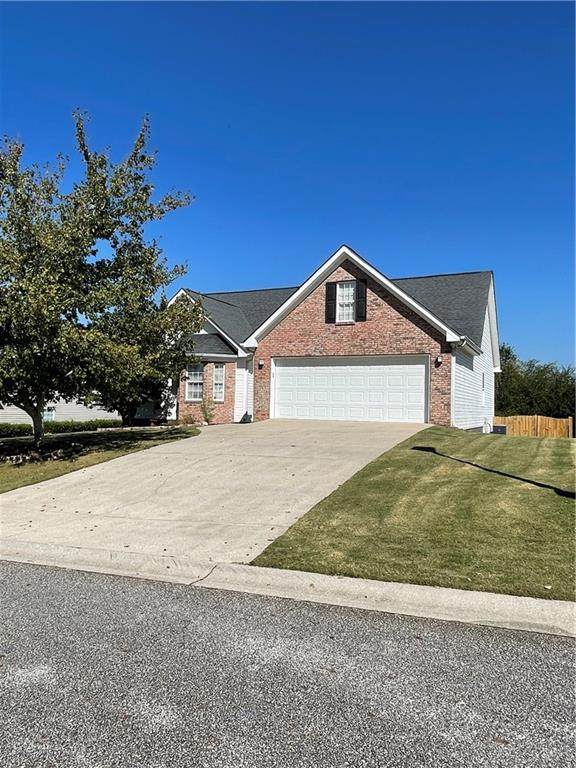 926 Kendall Park Drive, Winder, GA 30680 (MLS #6960802) :: North Atlanta Home Team