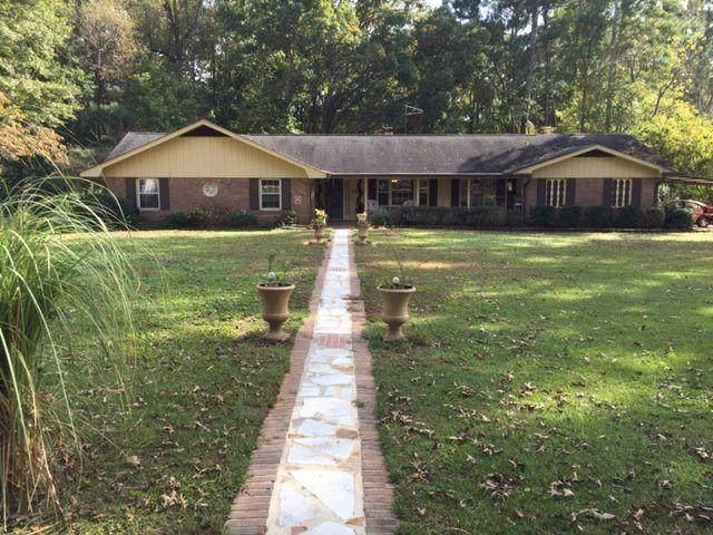 3236 Hamilton Road, Lawrenceville, GA 30044 (MLS #6961760) :: North Atlanta Home Team