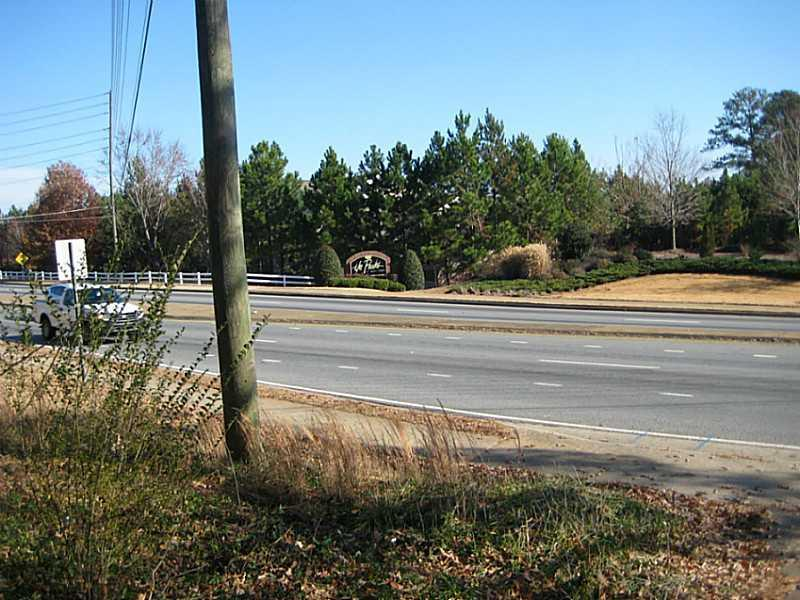 1113 Pine Ridge Drive - Photo 1