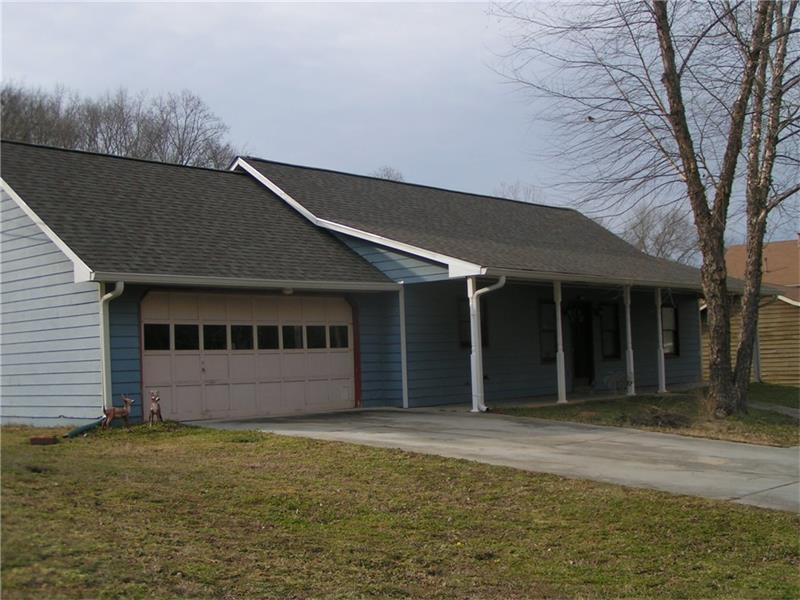 1784 Little Fawn Trail NW, Conyers, GA 30012 (MLS #5641817) :: North Atlanta Home Team
