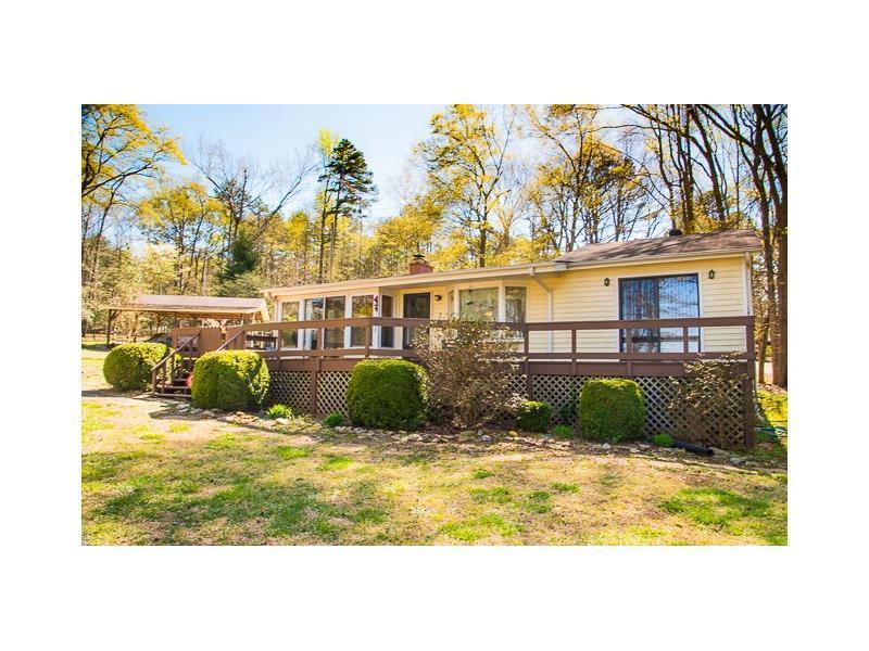 894 Tugaloo Heights Circle, Lavonia, GA 30553 (MLS #5663982) :: North Atlanta Home Team