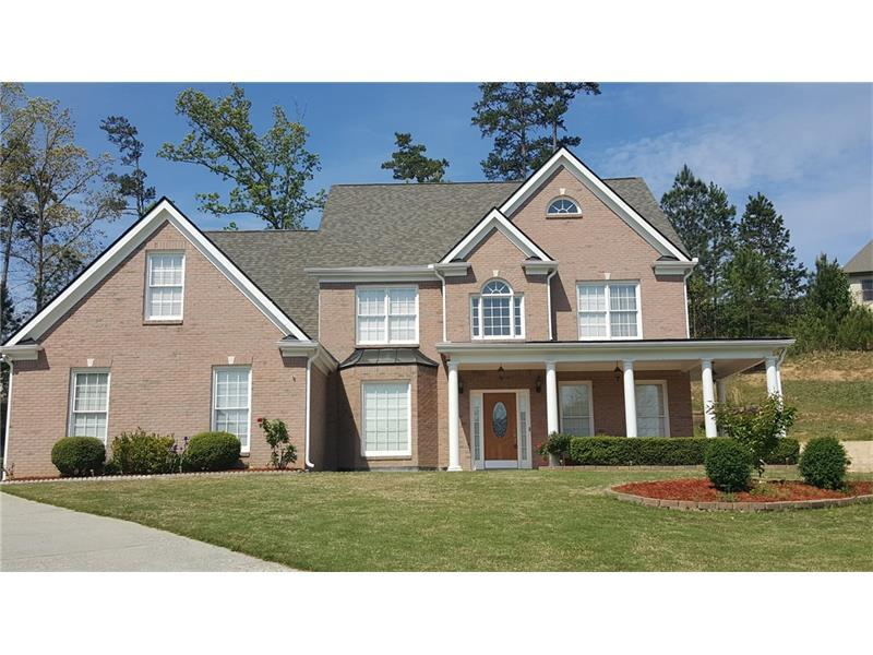 2697 Bogan Creek Drive, Buford, GA 30519 (MLS #5678217) :: North Atlanta Home Team