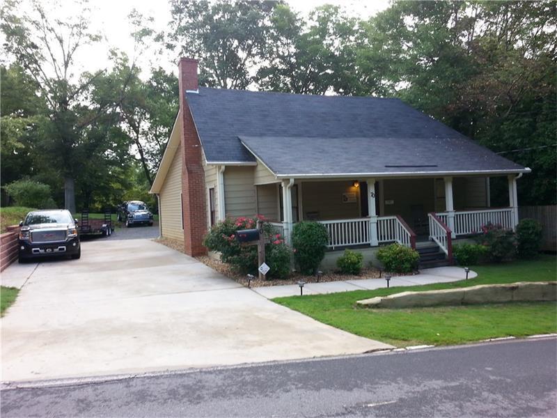 70 Church Street, Buford, GA 30518 (MLS #5683845) :: North Atlanta Home Team
