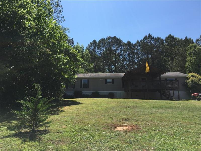5839 Glade Road SE, Acworth, GA 30102 (MLS #5687579) :: North Atlanta Home Team