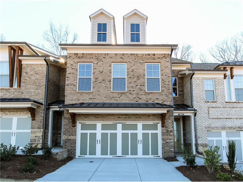 3880 Glenview Club Lane #10, Duluth, GA 30097 (MLS #5690502) :: North Atlanta Home Team