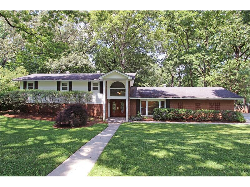 1366 Vista Leaf Drive, Decatur, GA 30033 (MLS #5695708) :: North Atlanta Home Team