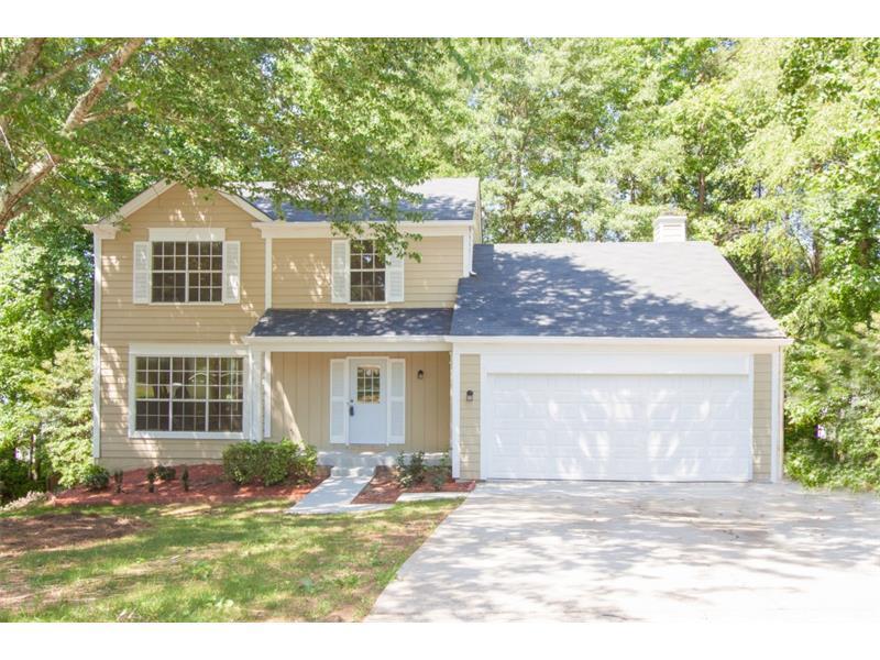 1801 Surrey Hill Circle, Lawrenceville, GA 30044 (MLS #5701186) :: North Atlanta Home Team