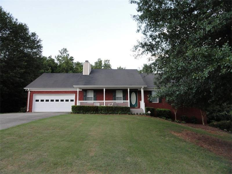 135 Mcever Lane, Hoschton, GA 30548 (MLS #5708102) :: North Atlanta Home Team