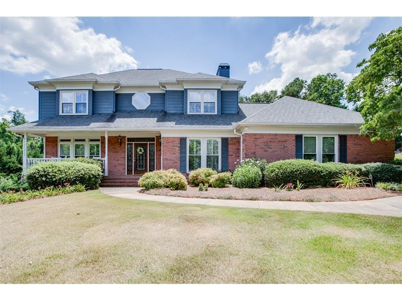 4740 Upper Berkshire Road, Flowery Branch, GA 30542 (MLS #5708208) :: North Atlanta Home Team