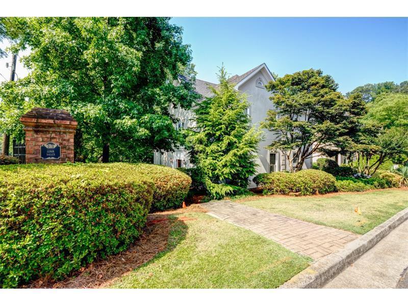 1039 Lenox Valley Drive, Brookhaven, GA 30324 (MLS #5709449) :: North Atlanta Home Team