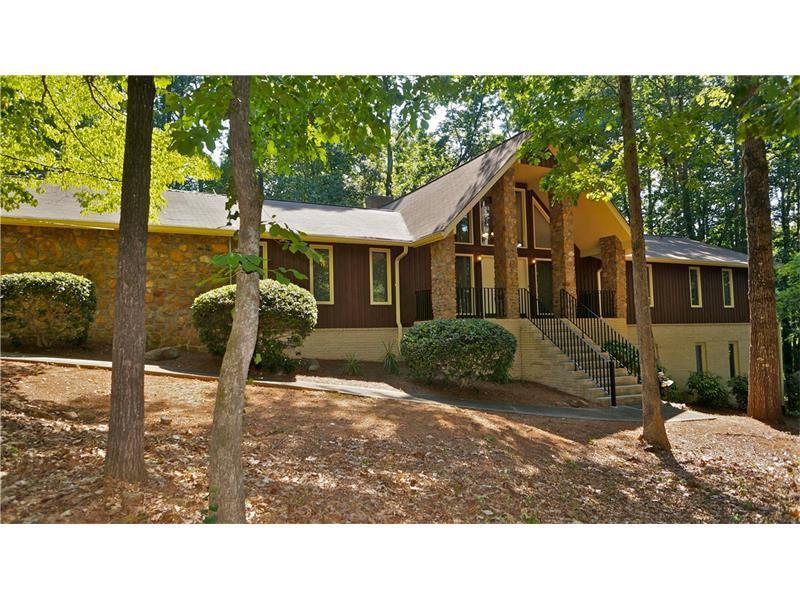 5301 Kanawha Court, Smoke Rise, GA 30087 (MLS #5711607) :: North Atlanta Home Team