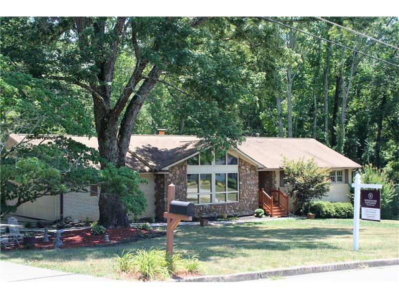 1260 Sherry Drive, Alpharetta, GA 30009 (MLS #5715250) :: North Atlanta Home Team