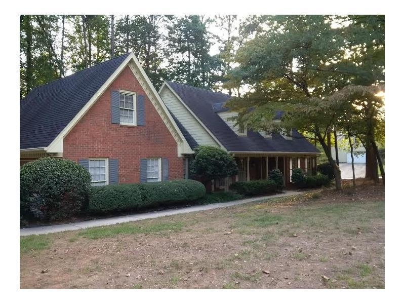 110 N Lakeside Drive NW, Kennesaw, GA 30144 (MLS #5718658) :: North Atlanta Home Team