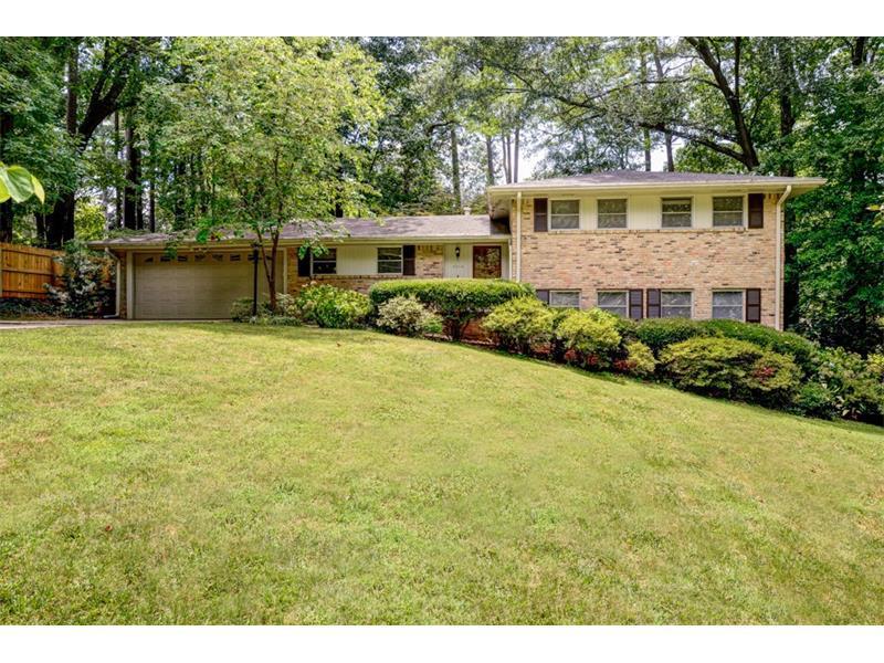 2212 Pinecliff Drive NE, Atlanta, GA 30345 (MLS #5720392) :: North Atlanta Home Team