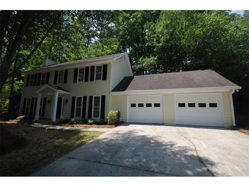 4253 Glenforest Way #4253, Roswell, GA 30075 (MLS #5722646) :: North Atlanta Home Team